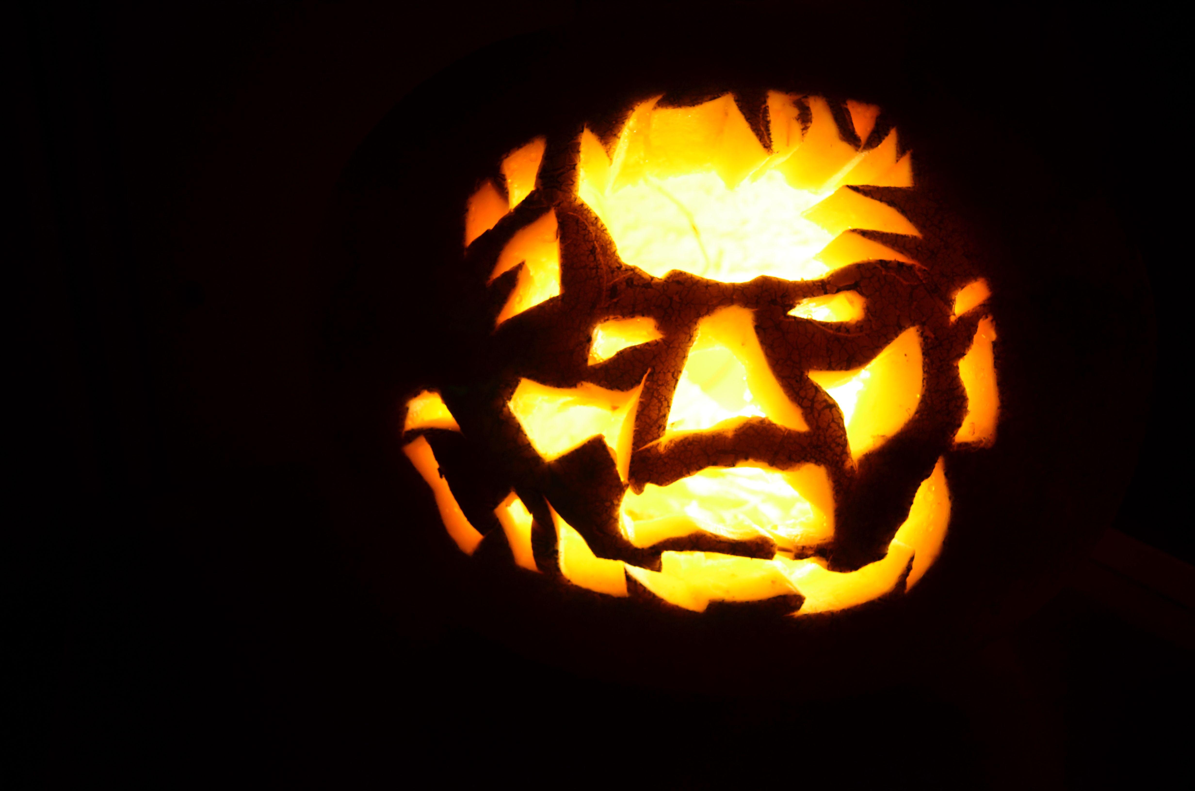 Pumpkin Carving | EVE ESTUARY