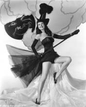 vintage-halloween-witch-dusty-anderson-1
