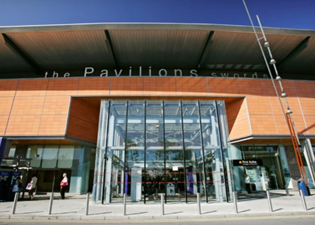Jones-2_0002s_0003s_0001_Pavillions-Shopping-Centre-2